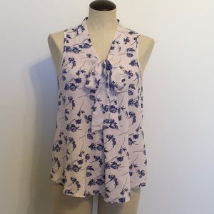 Siren Lily Floral Print Sleeveless TieFront Blouse